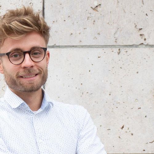 Referent und Bezirksbeirat Niklas Erhardt